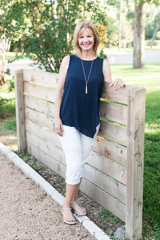 Lisa Bio Pic-30.jpg