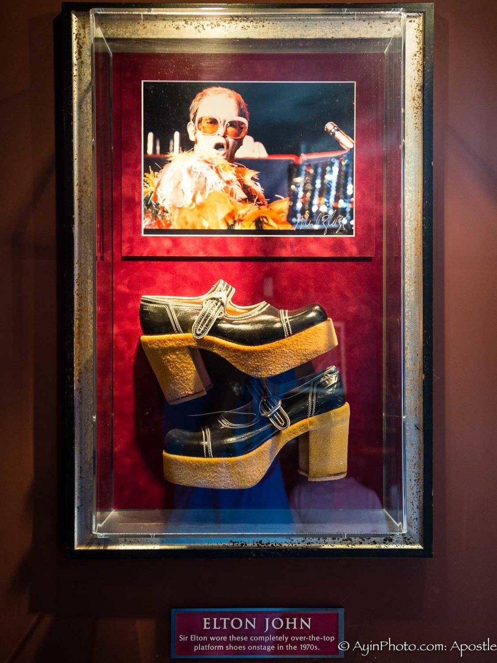 Elton John Shoe 1970-3100.jpg
