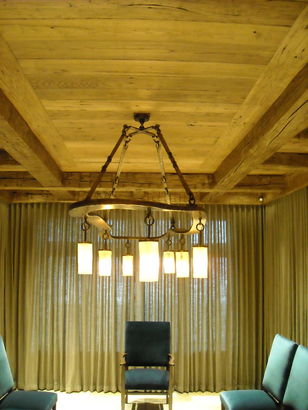 McClendon_Chandelier_1.jpg