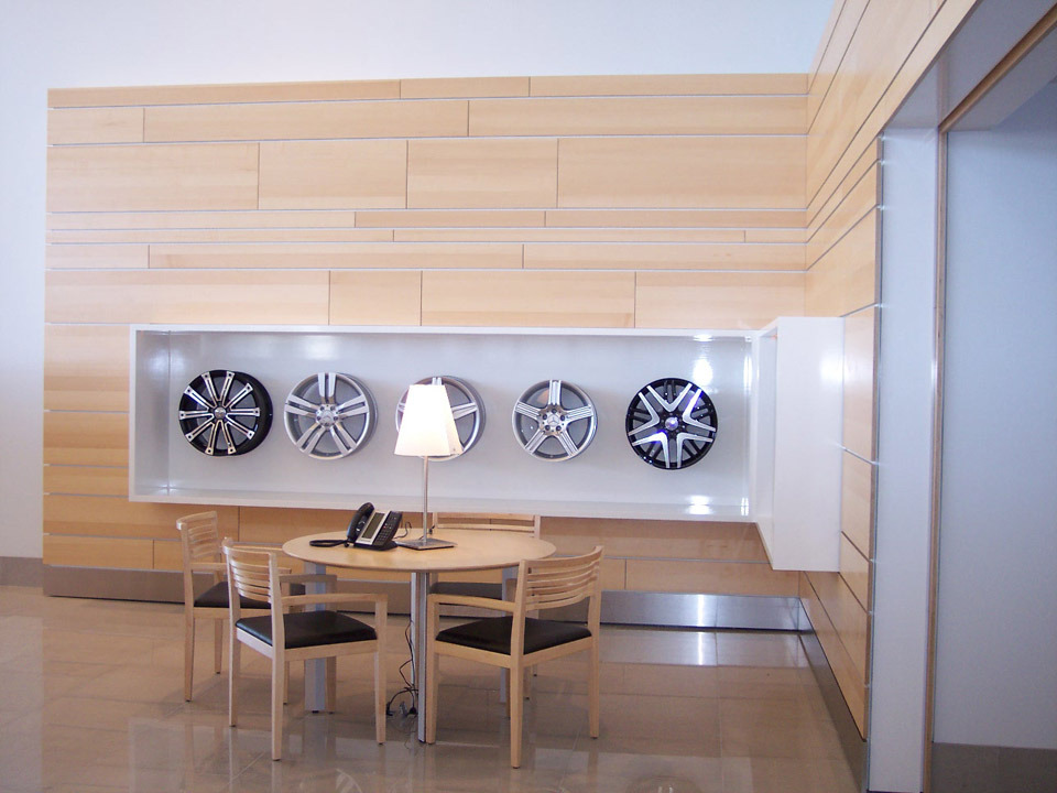 9wheel display.jpg