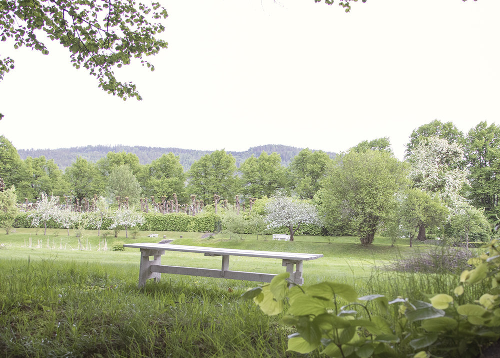 Gulskogen gård benk