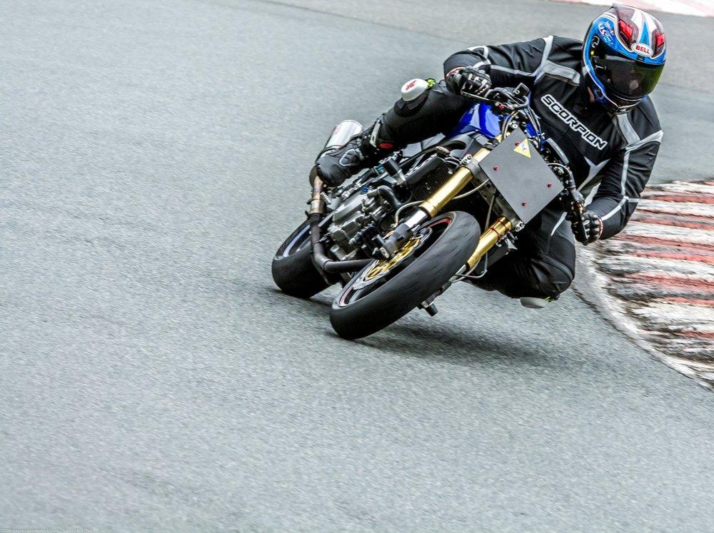 Shane Austin-SV650-Mission Raceway Park 2016