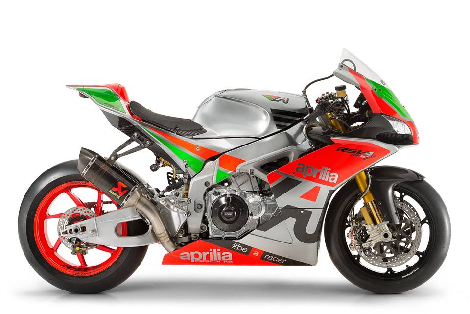 """The top of the range RSV4 RF-W """"Misano Edition"""" Basically the 2015 GP machine dressed up as an RSV4"""