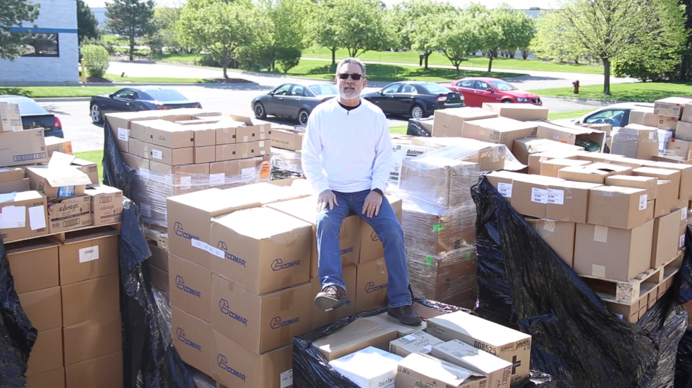 Kurt Holthus loading $8 million dollars in medicine for the D.R.
