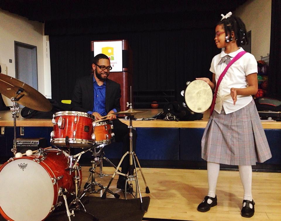 Jamming with tambourine girl 2013.jpg