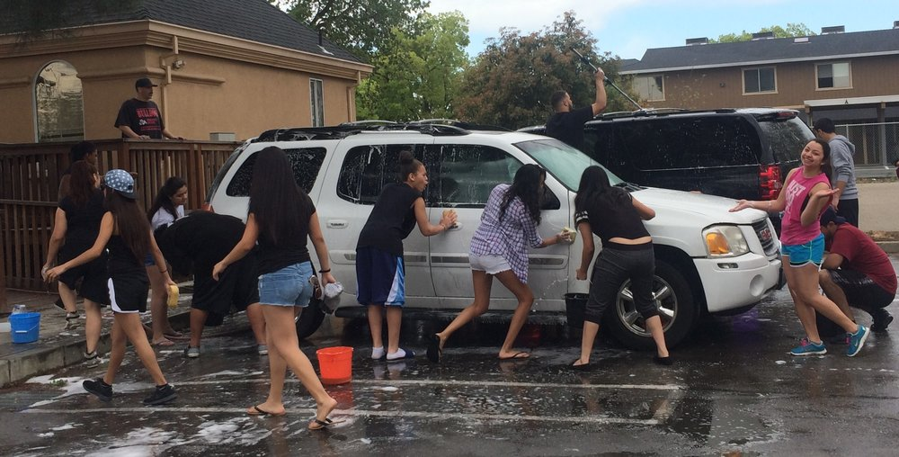 2015 Carwash Kids Working.jpg