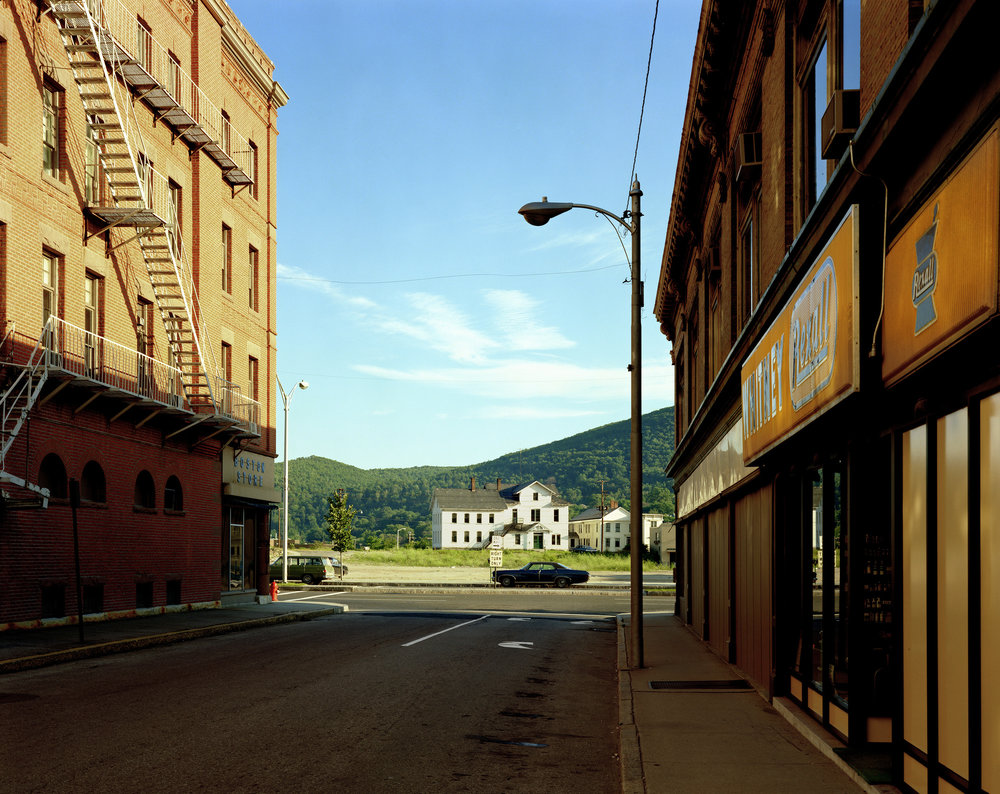 Stephen Shore, Holden Street, North Adams, Massachusetts, July 13, 1974, 1974, Chromogenic color print, the Museum of Modern Art.