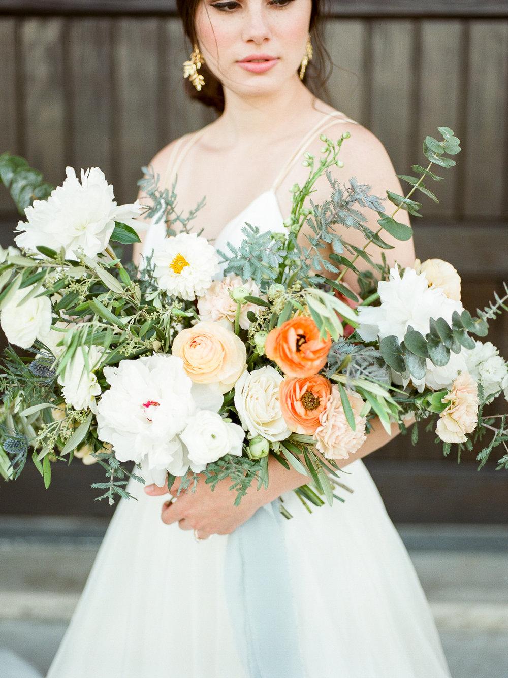 Fine Art Wedding Flowers - Olive Grove Design - 00053.jpg