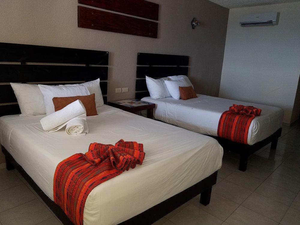 Room - Hotel Hacienda Morelos