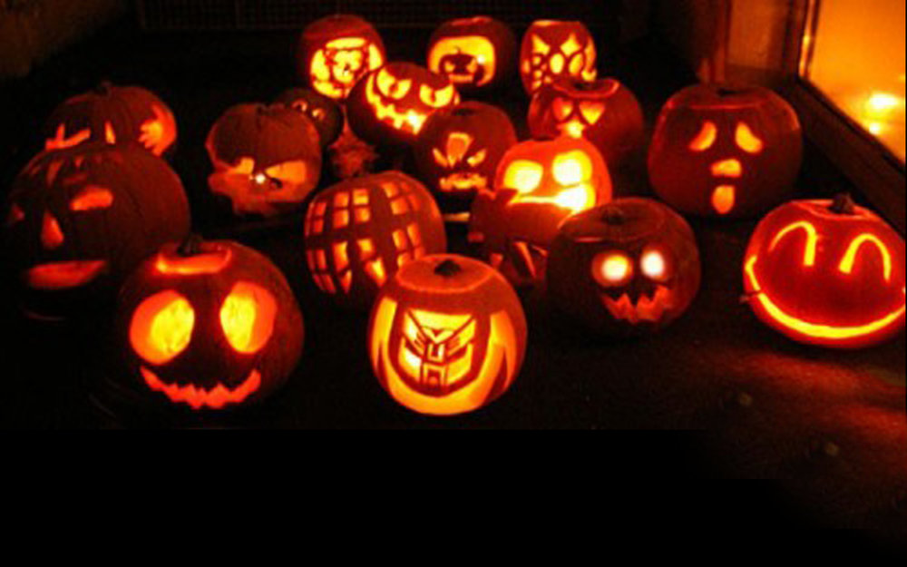 decoration-ideas-wonderful-halloween-pumpkin-carving-colections-for-beautiful-outdoor-house-garden-fascinating-halloween-decoration-ideas.jpg