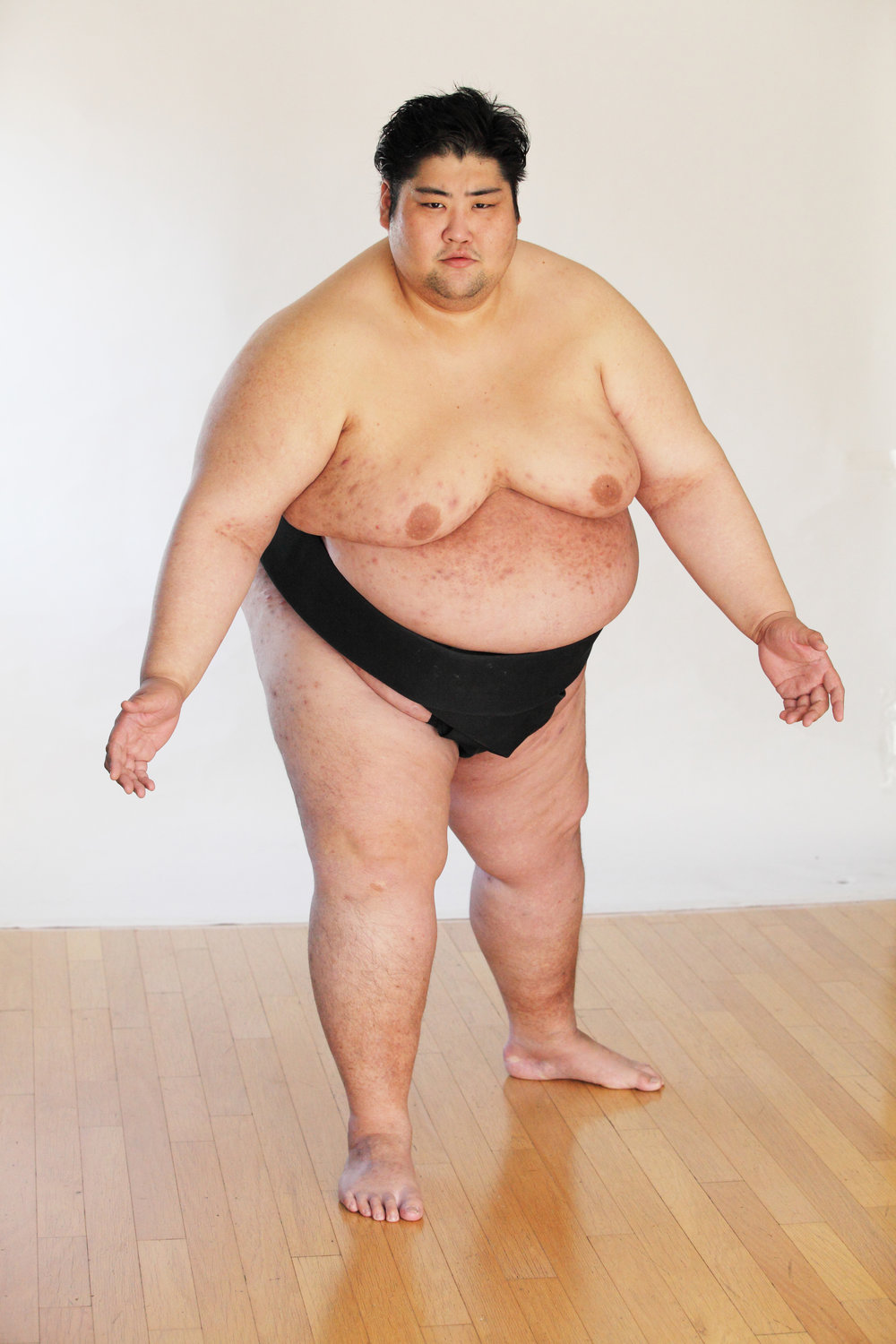 YAMA  HEIGHT: 6'4  WEIGHT: 600LBS  TWO TIME WORLD SUMO CHAMPION. HEAVIEST JAPANESE HUMAN IN RECORDED HISTORY.