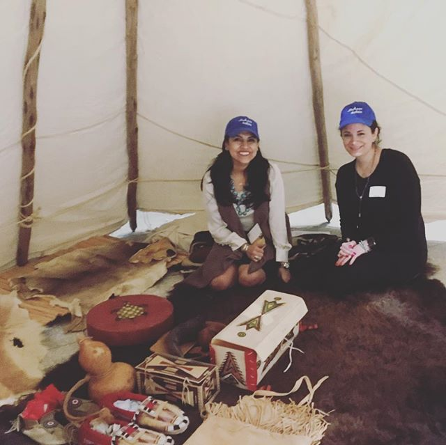 "Our ""On the Trail"" event at the @hymns this weekend from 10-4 each day.  Pictured representatives from our gracious sponsor @sabic . . #houstonarchaeology #onthetrail #archaeologynow #archaeologynowhouston #archaeologyeducation #thingstodoinhouston #sabic"