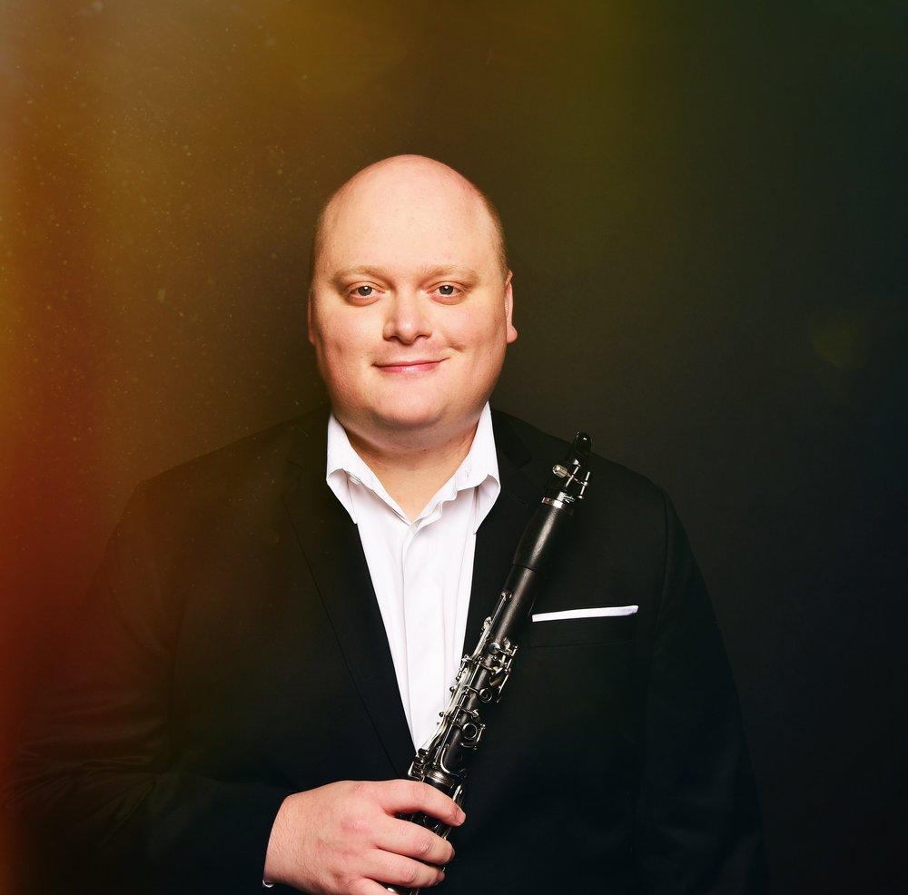 <b>Mark Dover</b> <br><i>clarinet</i>