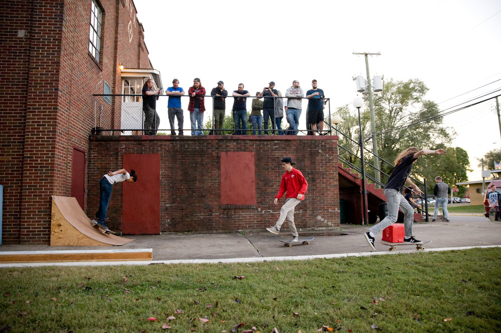 Skaters enjoying the pop up skate park at the Ravenswood NYA Hall. Photo by Michelle Waters.