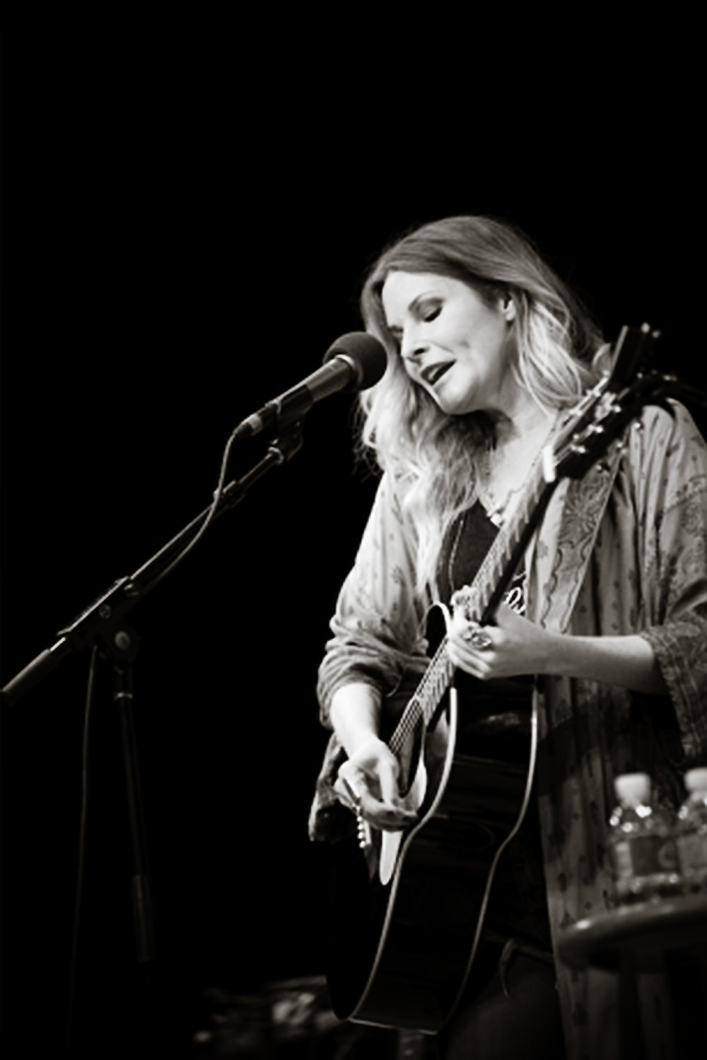 Elizabeth Cook , whose mother was born in the WV, is performing at Nelsonville's  Stuart's Opera House  this coming Saturday with  Todd Snider . Photo by  Michelle Waters .