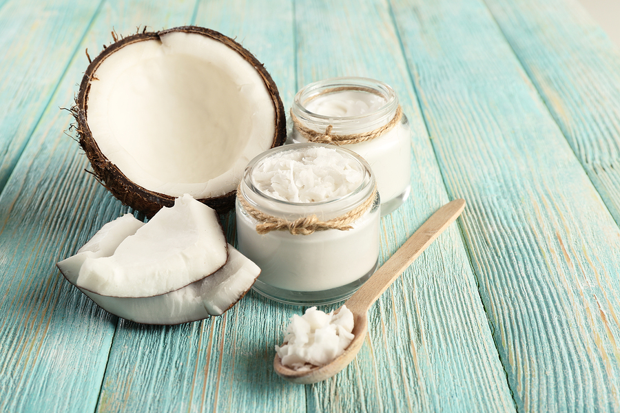 bigstock-Fresh-coconut-oil-in-glassware-85306928.jpg