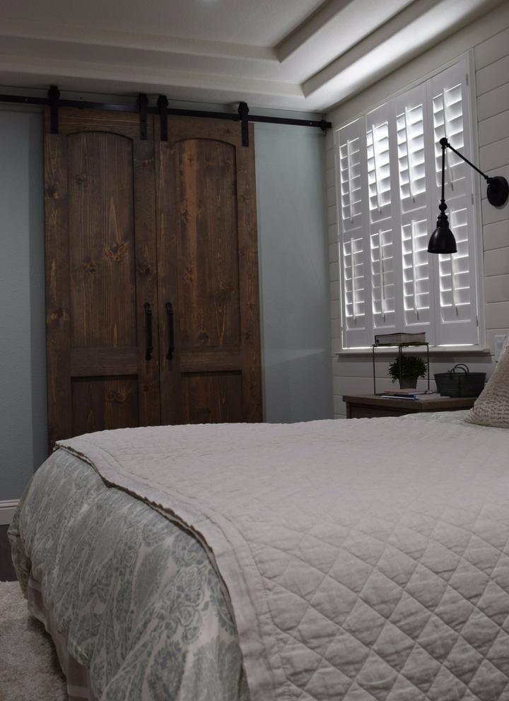 Country-Modern-Shiplap-Bedroom