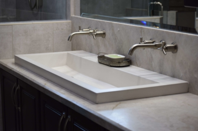 Fixer-Upper-Modern-country-style-double-sink