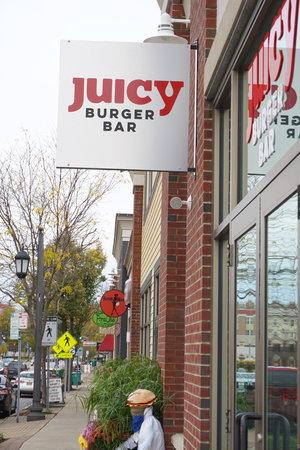 Juicy Burger Bar - Hamburg, NY