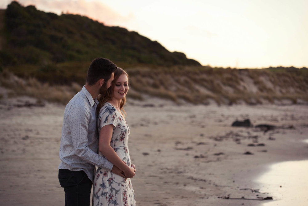 Tawharanui-Beach-Engagement-Shoot1304.jpg