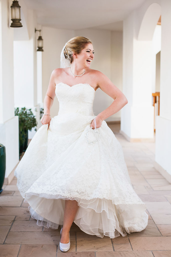 bride-laughing