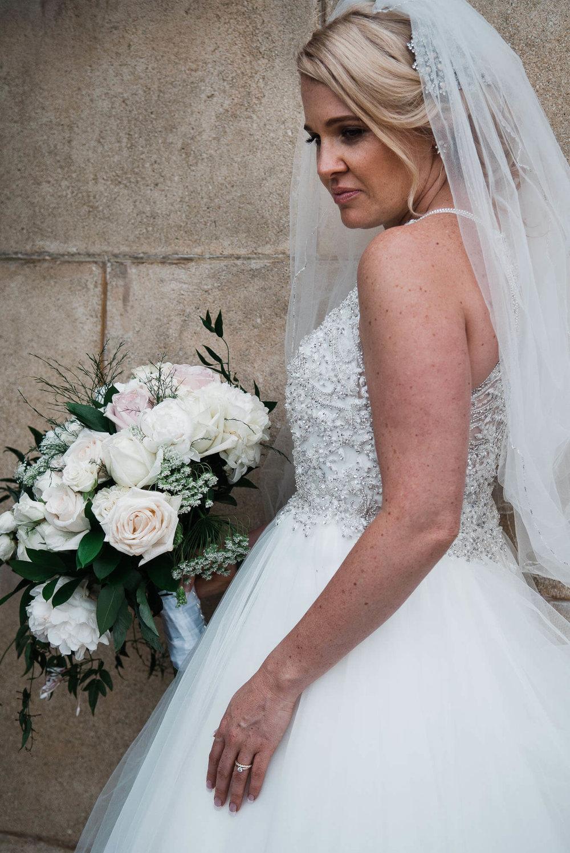 bride-with-her-bouquet.jpg
