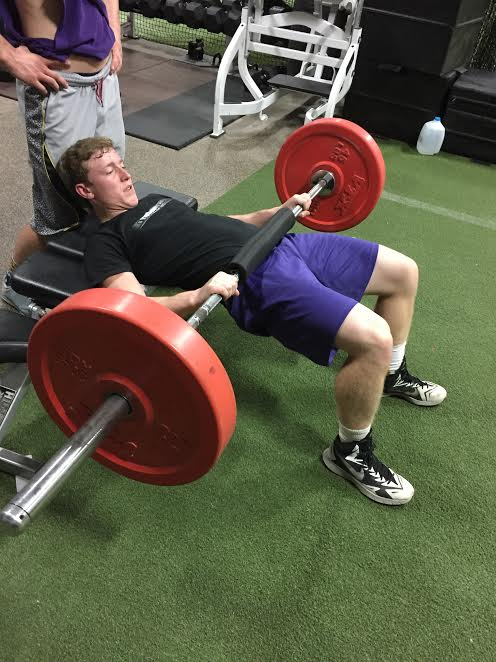 barbell hip thrust.jpg