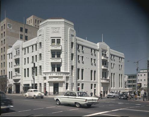 Hotel Adelphi, 1961
