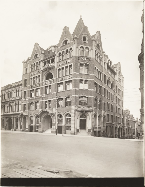 Perpetual Trustees Buildings, premises of Commonwealth Life Assurance and Stott's Business College, ca 1925