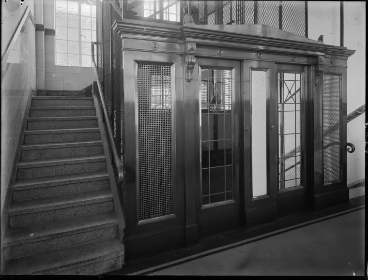 Lifts, T & G Buildings, 1932