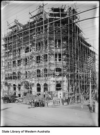 Perpetual Trustees Building under construction, early 1900's