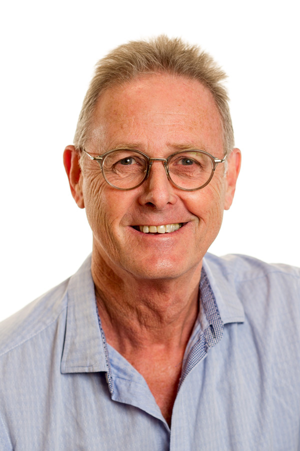 Sam Rosenberg   Supporting the team at Buddies and observing them deliver amazing educational programmes gives me great pleasure and pride. Having the responsibility of offering young children an environment which allows them opportunity to develop their personality, social skills and thirst for knowledge is indeed inspiring and a unique honour.