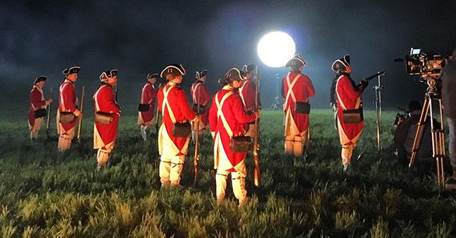 """...Make those red coats redder with blood stains"""" -Lafayette #setlife #turnamc"""