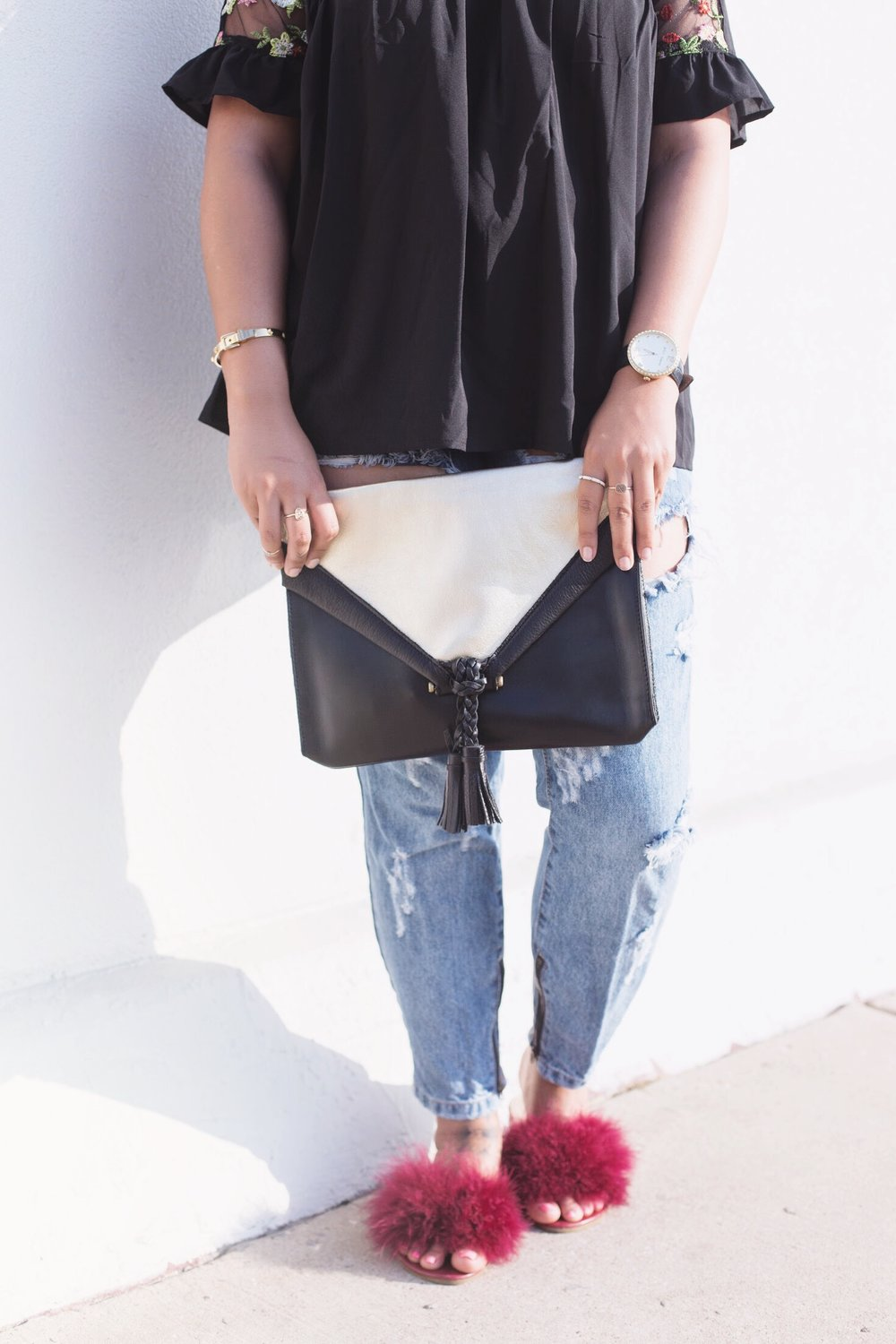 Embrazio leather clutch 2.JPG
