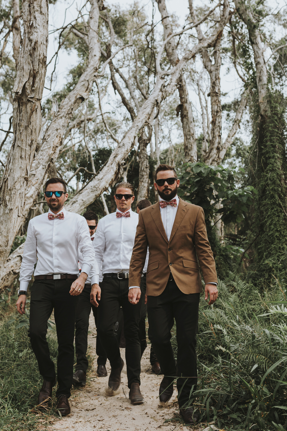 wedding-groomsmen-walk-beach-photographer-siida-hobart.jpg