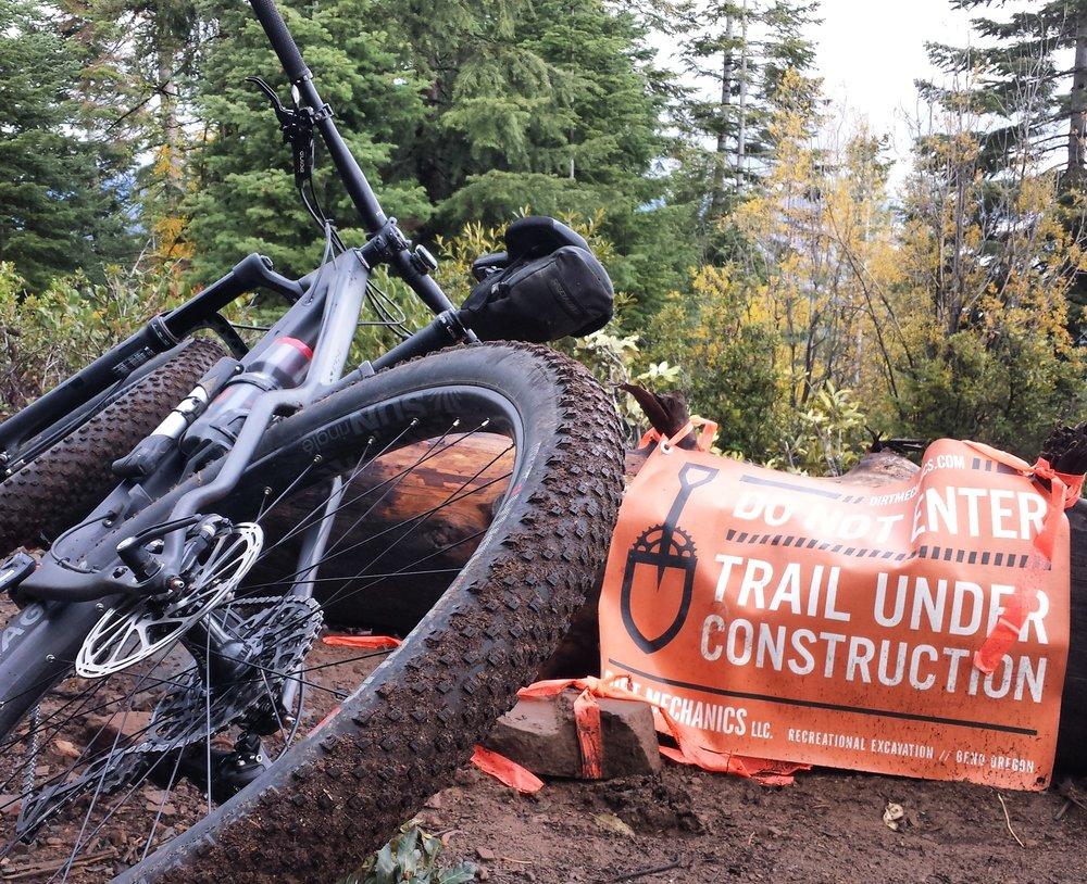 Dirt Mechanics Banner