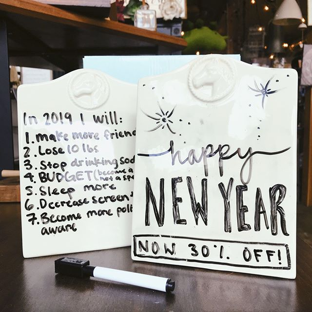 New Years is the perfect time to make resolutions! Remind yourself of your goals with these message boards. 30% for limited time only!!