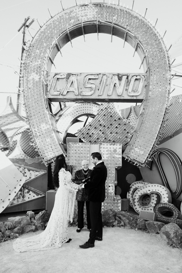 Neon Museum Elopement | Pure Light Creative | K+B-22.jpg
