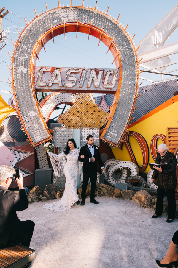 Neon Museum Elopement | Pure Light Creative | K+B-32.jpg