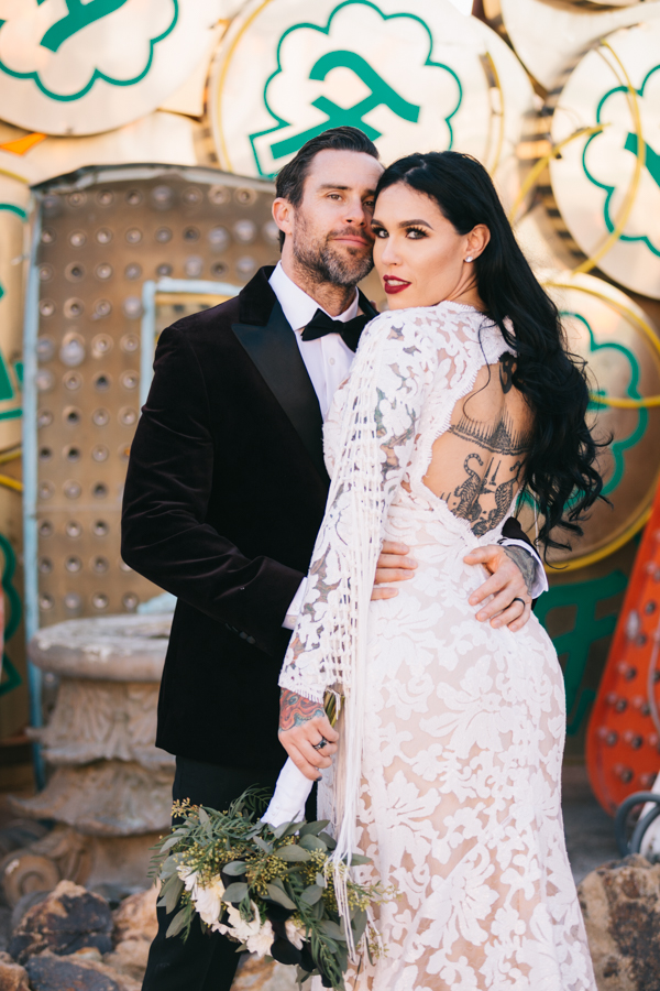 Neon Museum Elopement | Pure Light Creative | K+B-40.jpg