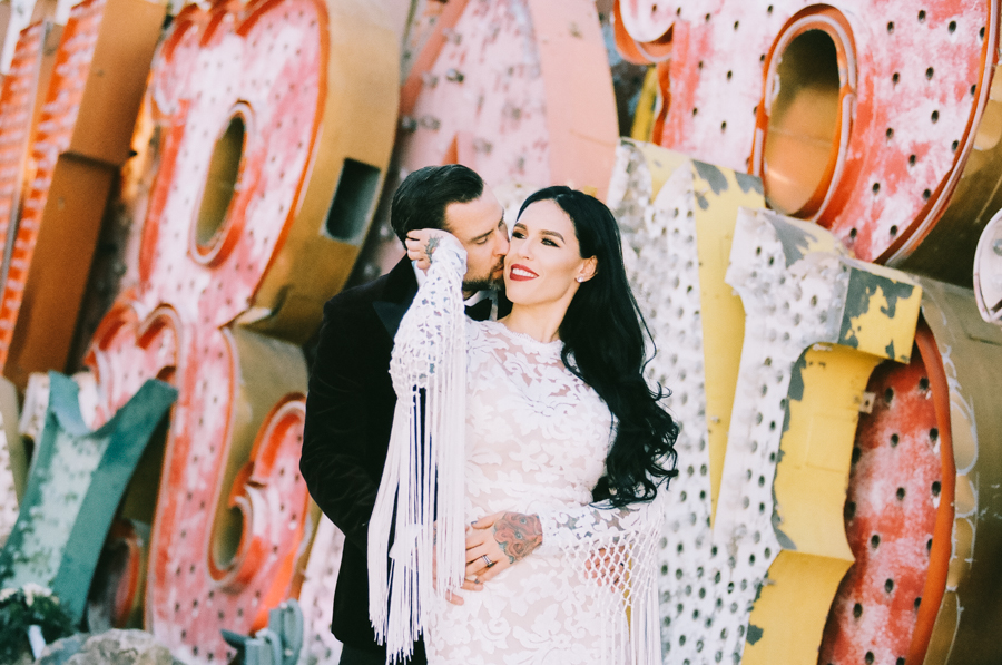 Neon Museum Elopement | Pure Light Creative | K+B-45.jpg