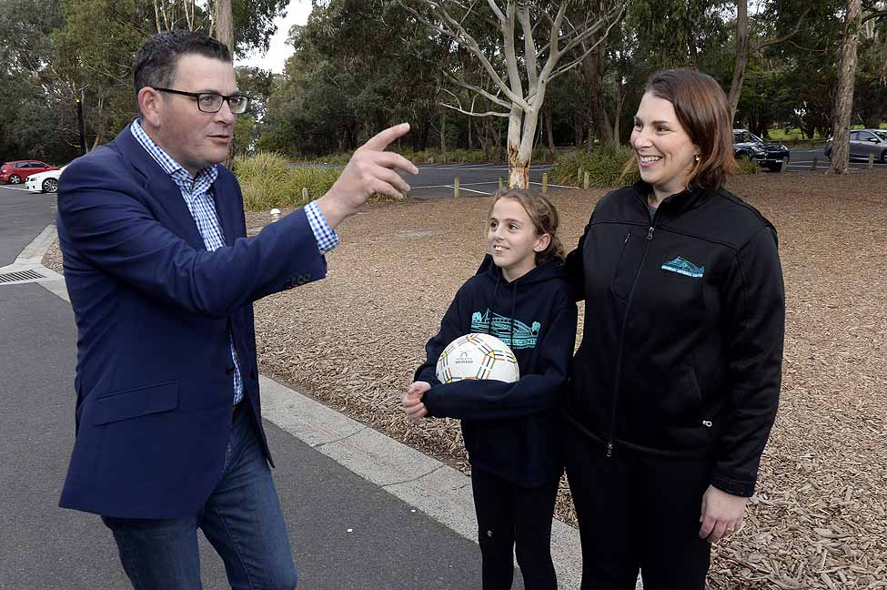 PREMIER OF VICTORIA VISIT TO WAVERLEY NETBALL CENTRE
