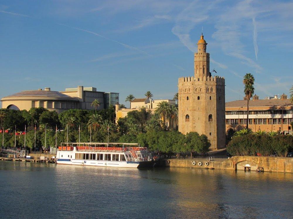 Torre_del_Oro2_Seville.jpg