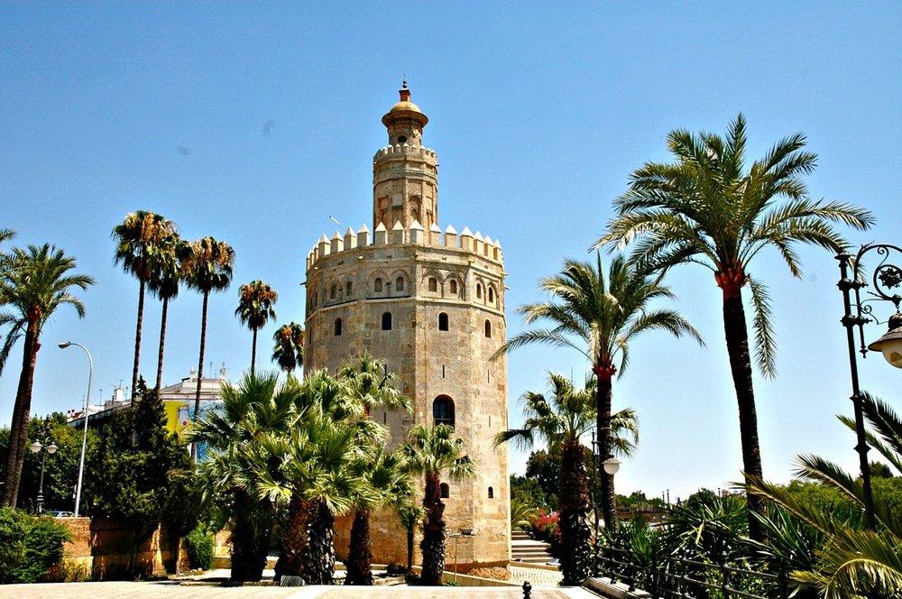 Torre_del_Oro_Seville.jpg
