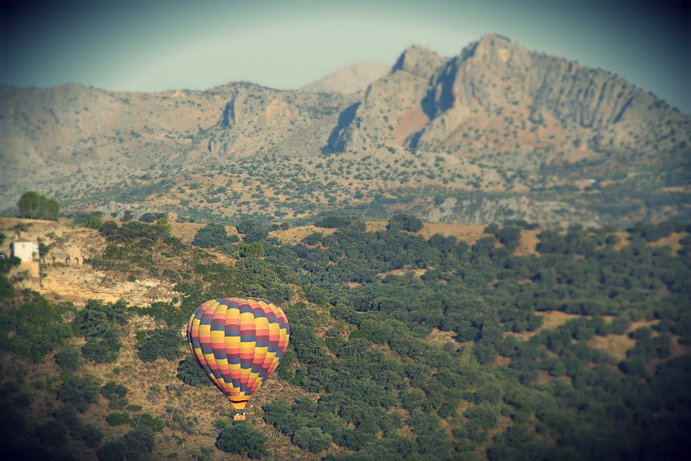 Balloon over Ronda 1 - Edited.jpg