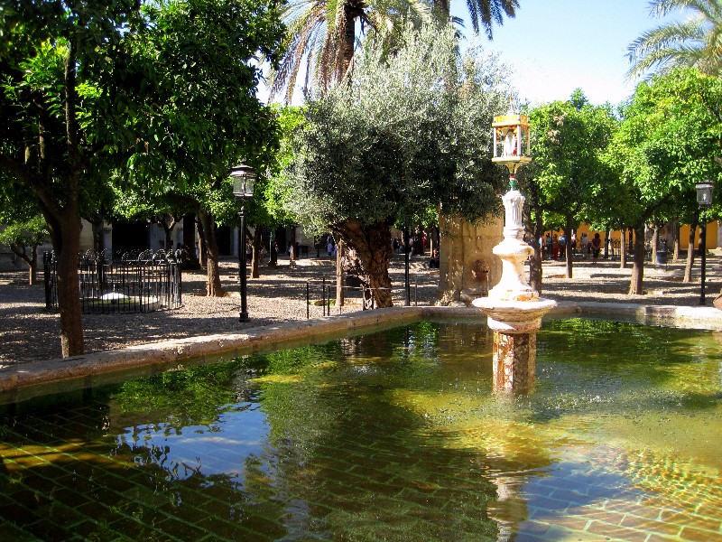 patio_de_los_naranjos_visit_cordoba_from_luxury_villa_rental_ronda_andalucia_spain