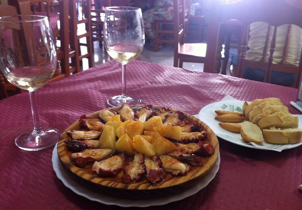 bar_andaluz_great_restaurant_near_luxury_villa_rental_La_Cazalla_de_Ronda_Spain