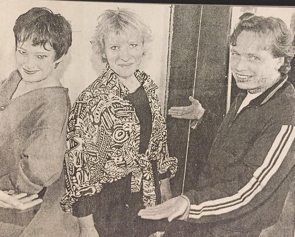 Jennie Nielsen og Gitte Madsen overtager lederposten efter Uffe Elbæk i årene 1991-1996