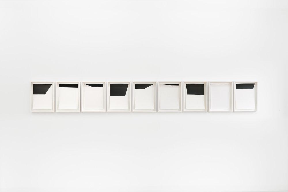 Johanna von Monkiewitsch untitled (Berlin September 2014) 2014 Pigmentdruck auf Hahnemühle, gefalzt und hinter entspiegeltem Glas gerahmt 9-teilig je 31 x 23 cm o.R. / 37 x 29 cm m.R.