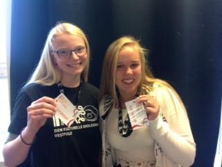 Bilde: Kulturvertane på Stokke ungdomsskule, Carina Lillebil Sundelius Lunde og Vilde Emilie Myhre.
